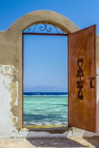 door to sea