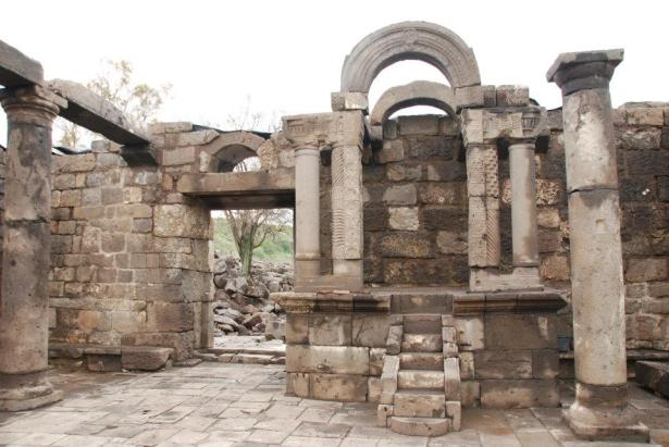 ancient synagogue Golan AmitaiAsif