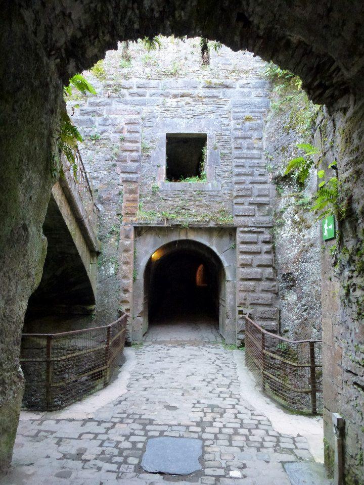 castle tunnel SmadarHalperinEpshtein