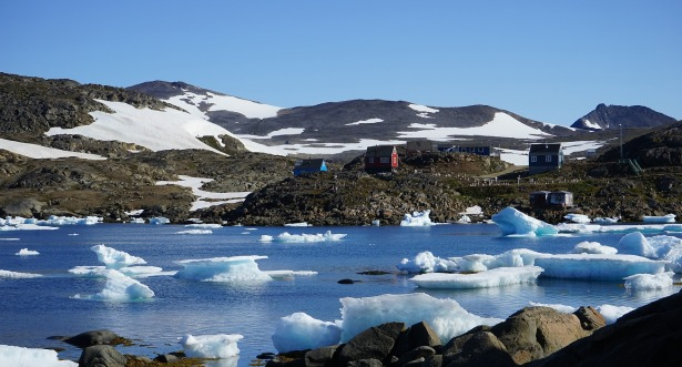 greenland icebergs-933003_1920