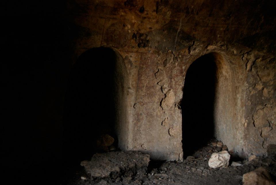 burial cave israel