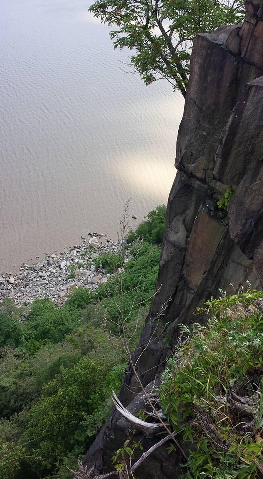 cliff NaamaYehuda